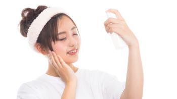 肌膚細紋明顯怎麼辦?「妝前保養3禁忌」妳犯了嗎?步驟越少才能撫平臉部細紋!
