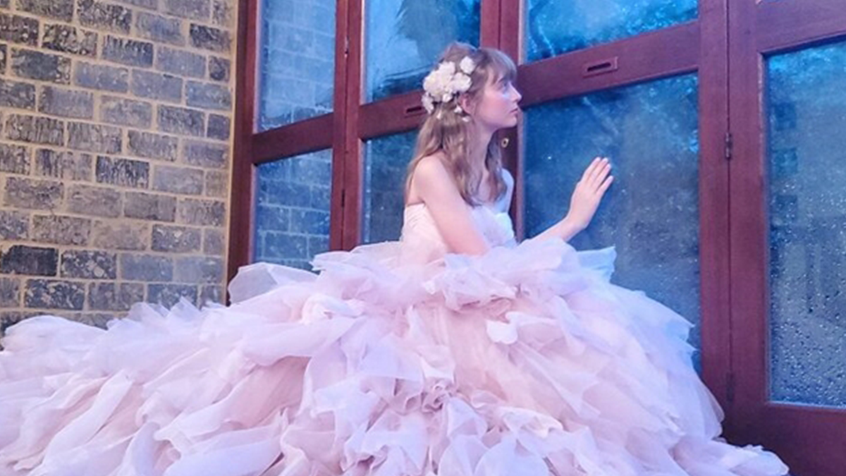 花卉拼貼×婚紗?!推特結緣的花語禮服「FLOWERY FIELDS」美到不可思議