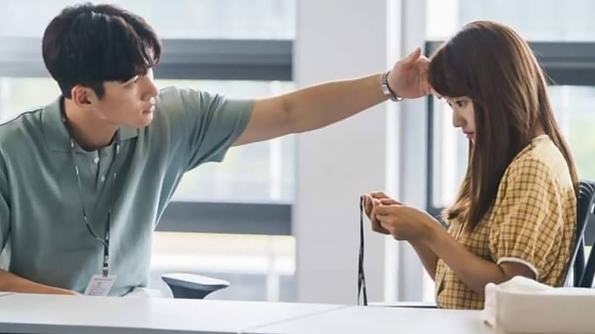 調情其實是一種好感訊號?只要關鍵一招就能輕鬆拉近人際關係,甚至吸引男生來主動追求妳!?