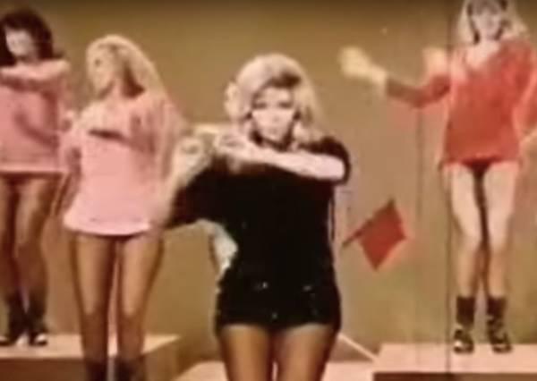 4分鐘看完百年女性熱舞演變史,近年果然是素人當道!