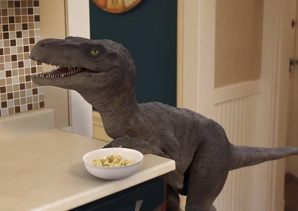 影音/迅猛龍也想吃早餐?吃不到就毀了它