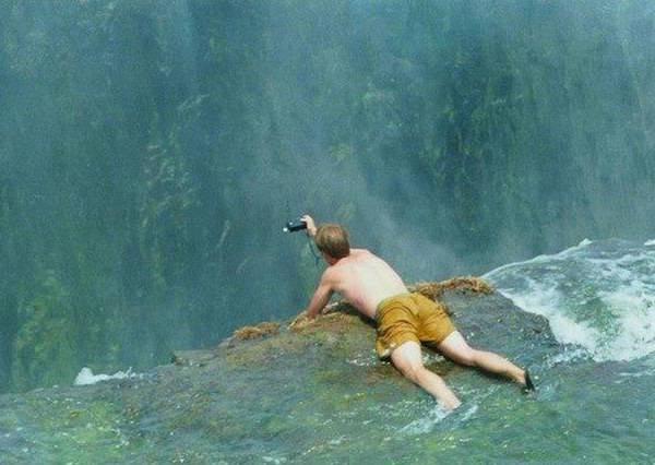 漂走就真的GG了!挑戰膽量極限的《魔鬼游泳池》,你敢嘗試嗎?