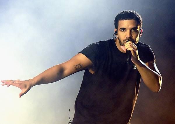 饒舌天王Drake新MV跳怪舞,奇葩到大街小巷都無法自拔跟著扭動身體了!