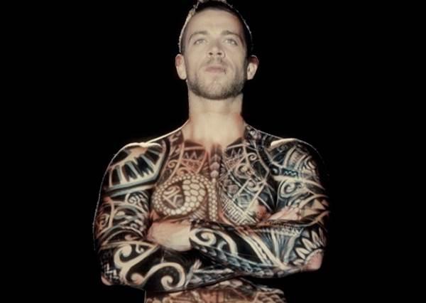 連文青刺青都不夠看...現在最流行的是「動態紋身」!