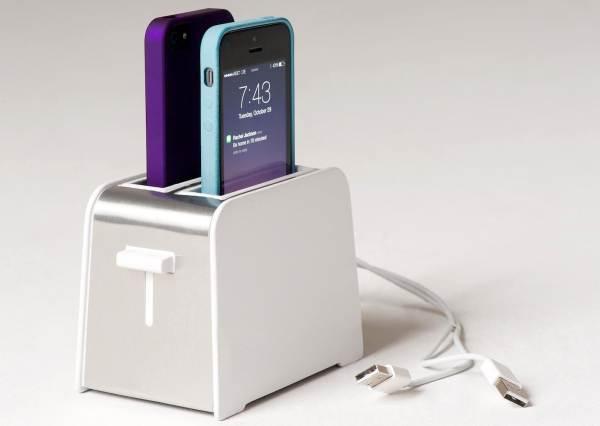 烤麵包機不烤吐司,而是烤...手機?這發明聰明到想在每個房間放一台!