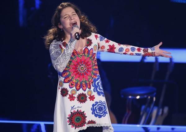 這個13歲德國小女孩一開口,就用高亢天使般的好聲音讓評審哭到花容失色!