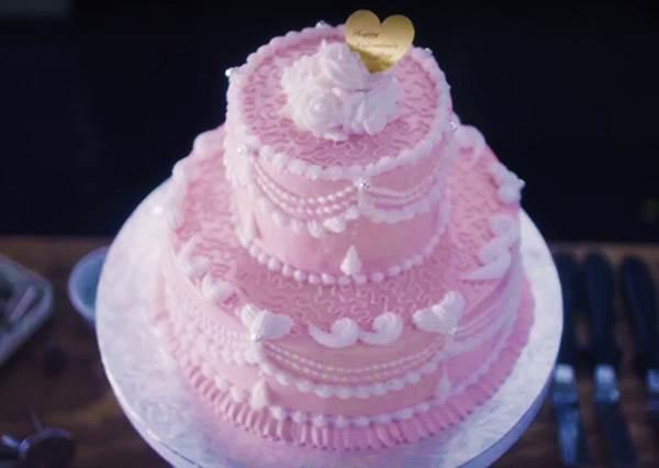 什麼!牙膏也能做成超夢幻蛋糕?我只能跪著看完製作過程了!