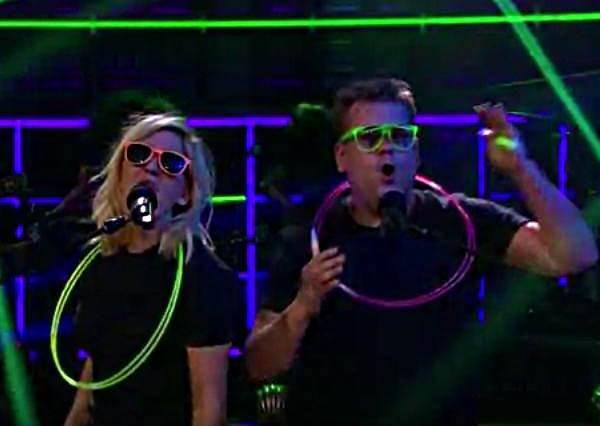 什麼叫高手?艾麗高登3分鐘內用雷鬼、電音等8種方式詮釋今年最夯金曲!