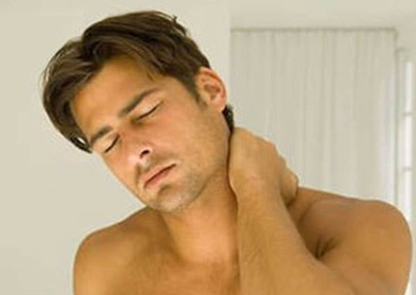 如果常常覺得肩頸酸痛,那你一定要把這個影片看完,因為有人就是這樣失去工作的...?