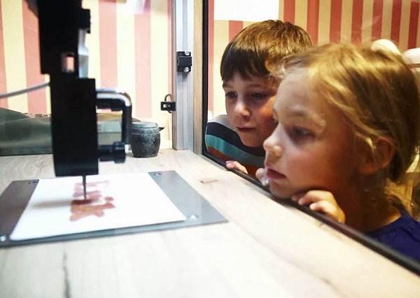 懶得動手沒關係!世界上第一台3D列印糖果機,一鍵完成你所有夢想中的糖果