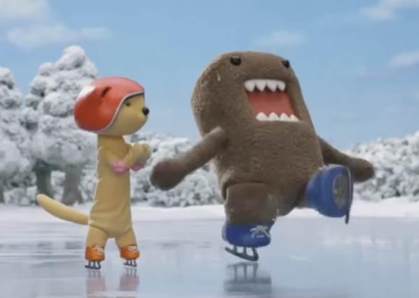 人氣動畫Domo君不賣萌改賣帥!它決心挑戰花式溜冰,結果換來此生最糗的瞬間…