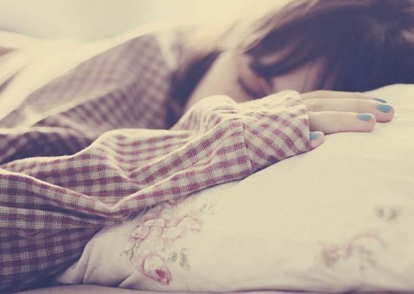 睡前做做腳趾小運動,一分鐘讓你改掉晚睡強迫症!