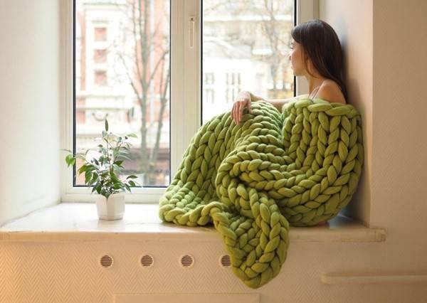 呸姊看過來!不要再說美人魚毯了,巨人毛衣毯才是這個冬天必備的保暖神器