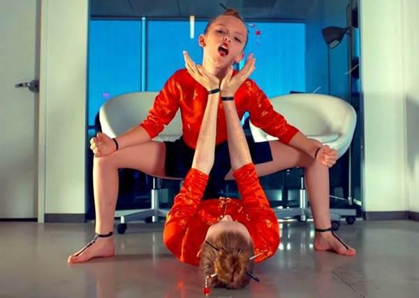 這兩位youtube爆紅神童用驚人的高難度舞蹈,征服天后碧昂絲和第一女團2NE1混合神曲!