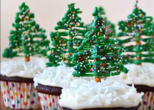 聖誕節的杯子蛋糕一點也不難做,只要三個步驟,馬上晉身厲害的甜點王