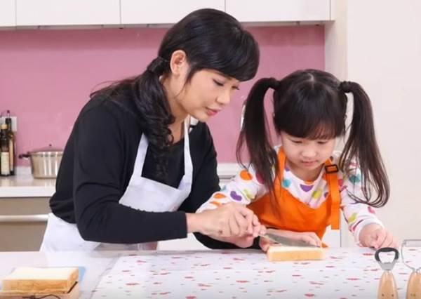 【小魚媽食育教室】香蕉巧克力吐司