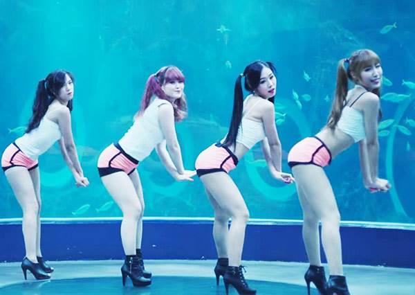 這是超正長腿辣妹韓國新女團MV,但她們的主打歌竟然是...古典樂?