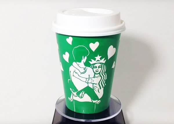 她竟然也會發胖?這個藝術家讓一直乖乖在杯子上的星巴克女神變「叛逆」!