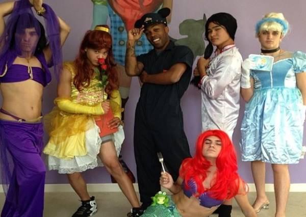 公主都不公主了!當迪士尼公主們搖身一變時