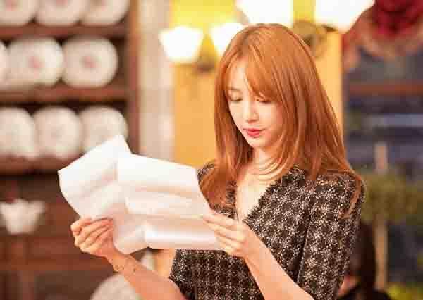 尹恩惠用演技證明她才是韓劇女神,不僅神還原《想你》喬段,還挑戰韓版《還珠格格》!