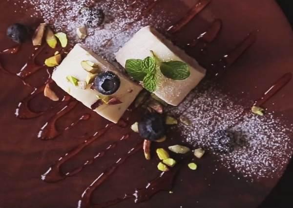 沒烤箱也想吃甜點? 廚房新手入門款「香蕉優格蛋糕」只要攪拌冷藏就能上桌!