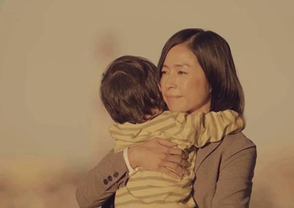 再怎麼辛苦都是為了自己的寶貝奮鬥著,給職場媽咪一個大大擁抱掌聲!