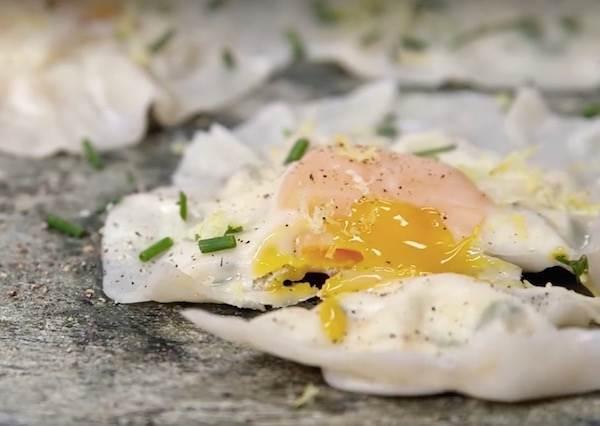 餡料只有一顆蛋黃的「義式起司餃」,快速上手卻藏著意想不到的美味!