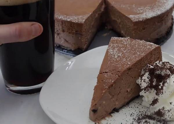 想不到DIY「巧克力起司蛋糕」還有步驟可以再簡化?在家就能快速上手、美味入口!
