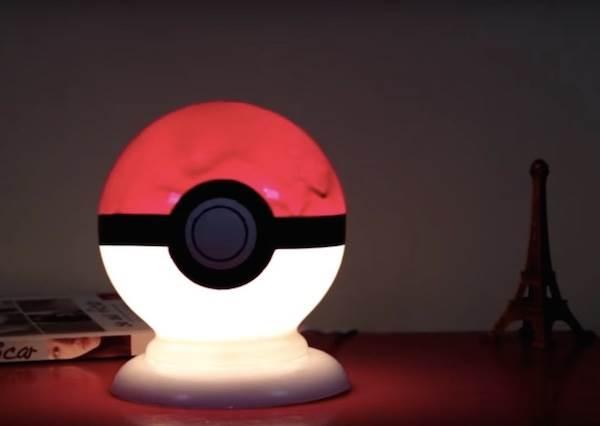 離收服皮卡丘又邁進一大步!只要是圓形燈罩通通改造成神奇寶貝球吧