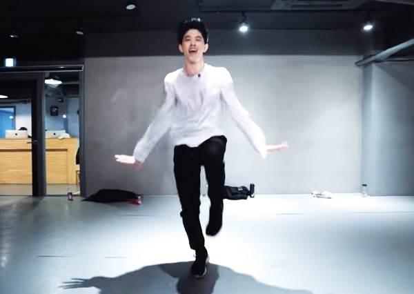 韓國最強舞團神作又一發!鮮肉老師神詮釋,小賈的經典神曲這樣跳也可以?!