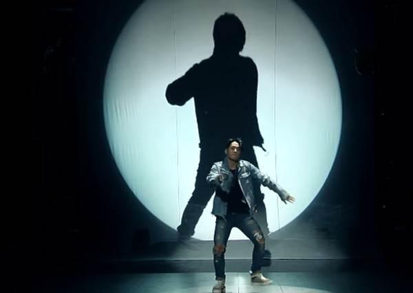 雙權兄弟出道了!?不愧BIGBANG御用,中國節目帥氣秀舞當演唱會規模在跳!