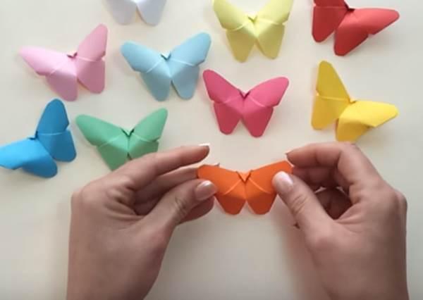 看似複雜的生動質感蝴蝶摺紙其實一點也不難,一張色紙+2分鐘就搞定!