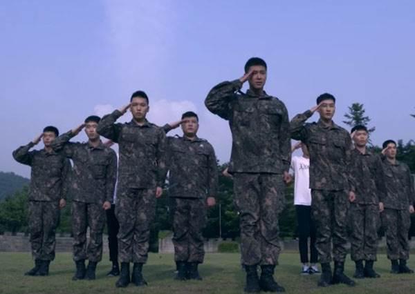 唱軍歌也講究排舞!韓國軍人自拍MV,看完超想跪求演唱會!