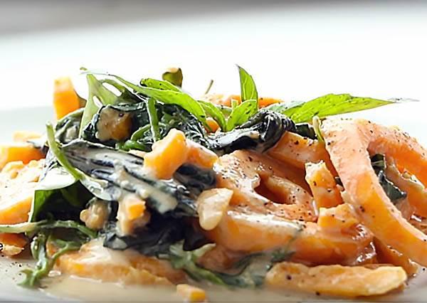 麵非麵,地瓜麵 Sweet Potato Noodle with Cashew Sauce