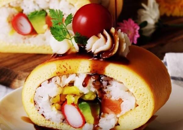 還以為是「蛋糕捲」的製作教學,等一切開後...妳絕對會想在日式料理店吃到它!?