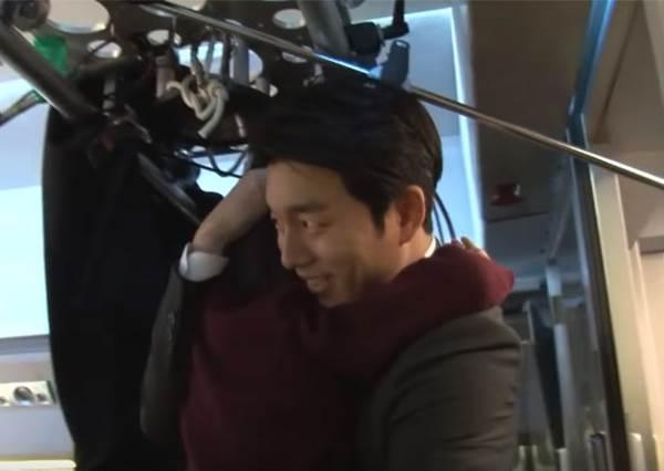 孔劉《屍速列車》為救女兒單挑活屍 花絮流出原來戲外暖男魅力一樣大爆發!