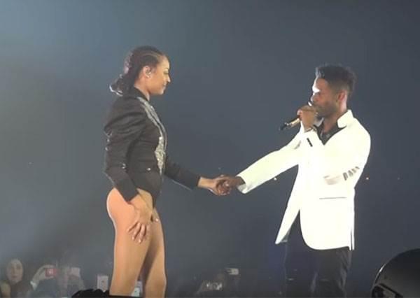 碧昂絲在演唱會上跳到一半突然喊卡,她接下來說的話讓全場所有女生都哭喊超浪漫!
