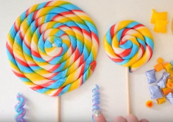 「經典彩色螺旋棒棒糖」也能自己在家做? 就用這個找回你的童心吧!