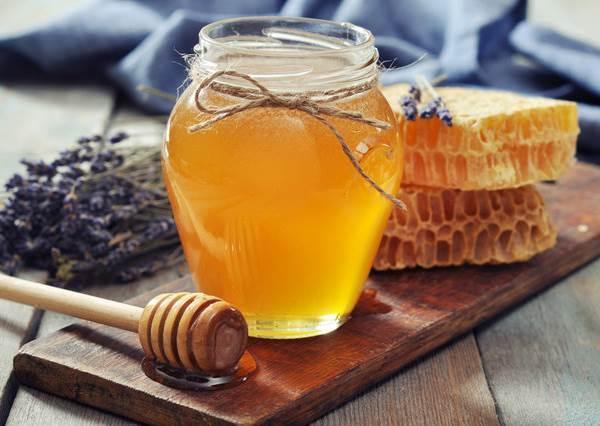 拿蜂蜜塗痘痘竟然還可以消紅腫?16個蜂蜜的隱藏版功效一次公開,看第一種就意想不到啊!