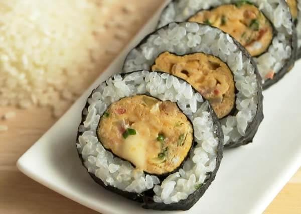 煎蛋海苔飯捲 Sea Sedge Rice Roll