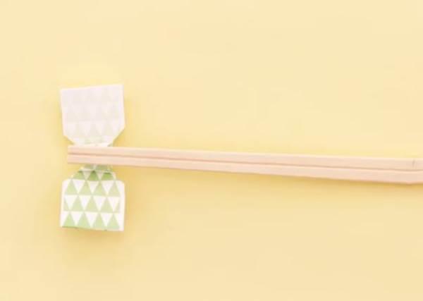 只會摺一字型筷架?30秒可愛筷架速成班!