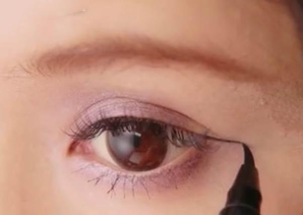 綜合評比一次滿足!六種眼線畫法大解析