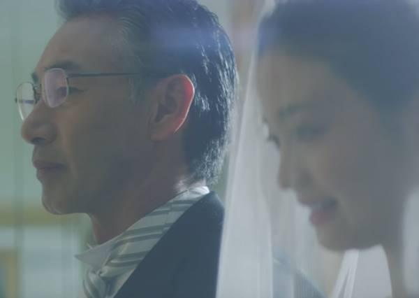 女兒出嫁,她用最感人的方式讓頑固老爹了解她有多愛爸爸!最後全場觀眾都淚崩了
