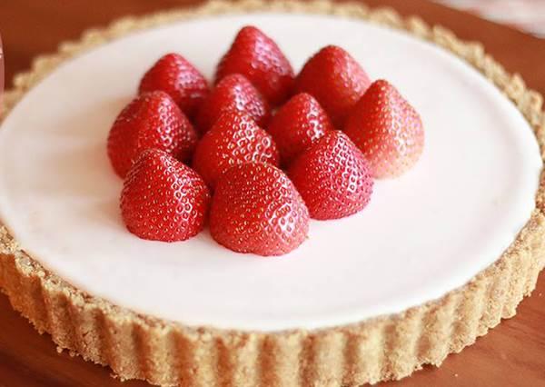 超濃郁!新手也能做的免烤草莓起司蛋糕
