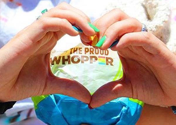 速食店推出新漢堡是用最令人感動的材料做成,我要給發明者擁抱了!
