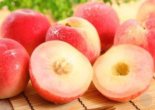 切「桃」招數大公開!讓水蜜桃本人既好吃又好看的秘訣在這兒