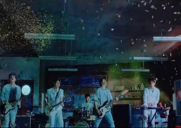 最起療效的韓國樂團DAY6搖滾式療傷歌曲!聽完必走出失戀!