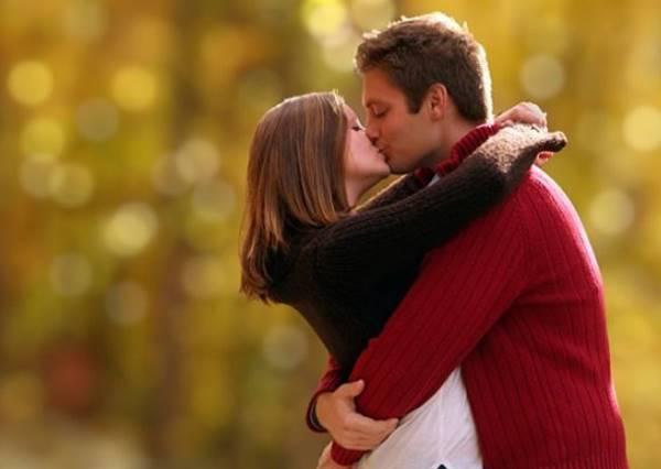 各國情侶接吻大不同!義大利這種親法不會燒起來嗎?