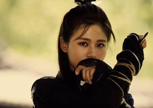 美聲獲蕭敬騰蓋章認證!《最美和聲》吳汶芳不只唱歌,還要飛簷走壁當刺客?
