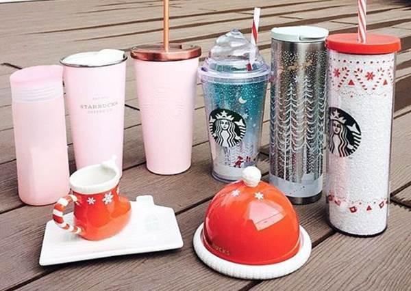 粉紅控錯過這波不後悔才怪!星巴克聖誕節限定冬日杯,最多人搶的就是第一款!